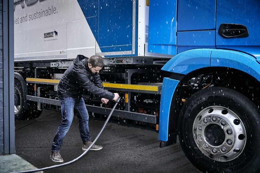 camión electrico Mercedes-Benz eActros