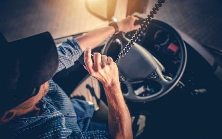 falta de conductores parece que está agudizando el ingenio de los gobernantes